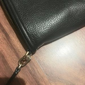 Tory Burch Bags - Leather crossbody bag. Hardware swivel damage